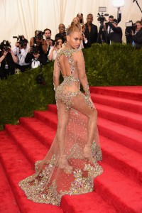 Beyonce-Knowles-Met-Gala-2015